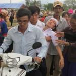 Tin tức trong ngày - Đẫm nước mắt tiễn đưa nữ phóng viên tử nạn trong bão