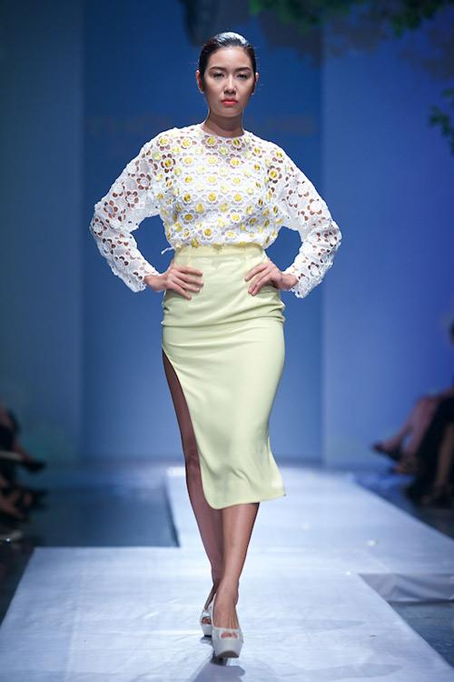 Trang Phạm thu hút với váy hở táo bạo - 3