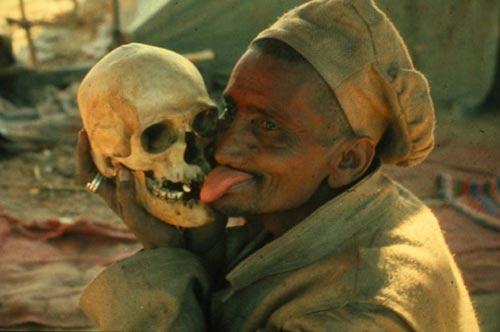 """Những nghi thức """"chết người"""" vẫn tồn tại - 3"""