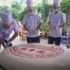 Chiếc bánh Pía nặng 306kg