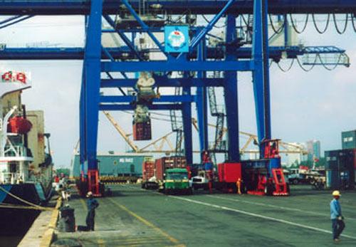 Dịch vụ hậu cần yếu kìm hãm xuất khẩu - 1