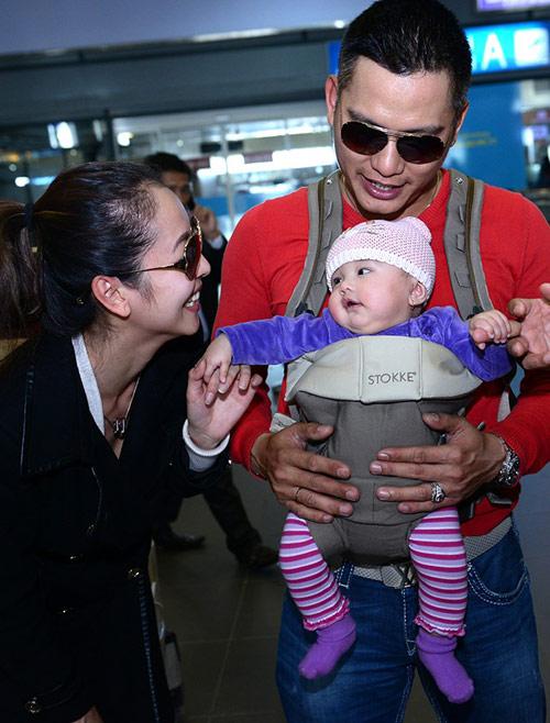 Jennifer Phạm khoe con gái ở Việt Nam - 10
