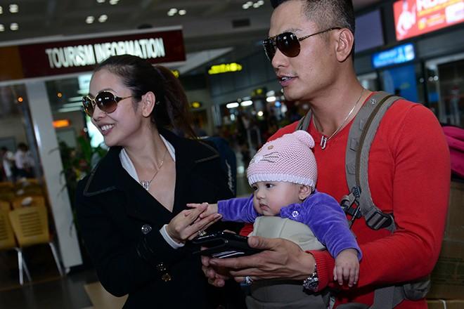 Jennifer Phạm khoe con gái ở Việt Nam - 8