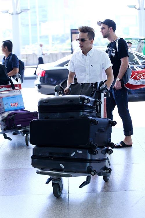 """Cao Thái Sơn bị """"làm khó"""" ở sân bay - 3"""