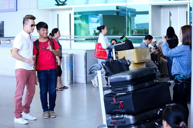 """Cao Thái Sơn bị """"làm khó"""" ở sân bay - 4"""