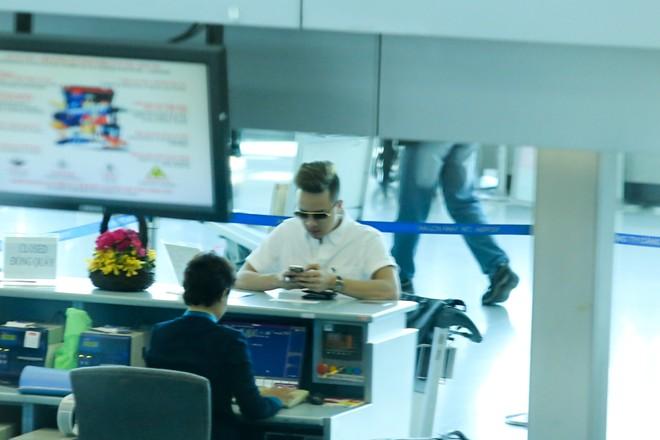 """Cao Thái Sơn bị """"làm khó"""" ở sân bay - 6"""