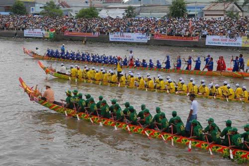 Đặc sắc Festival đua ghe ngo đồng bào Khmer - 3