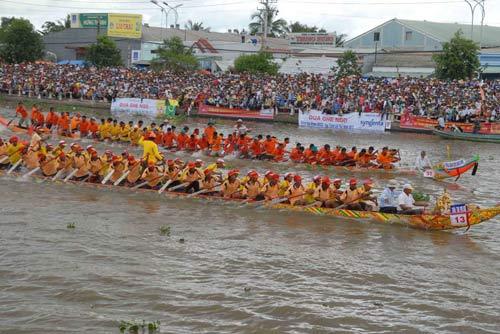 Đặc sắc Festival đua ghe ngo đồng bào Khmer - 5