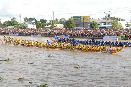 Đặc sắc Festival đua ghe ngo đồng bào Khmer - 8
