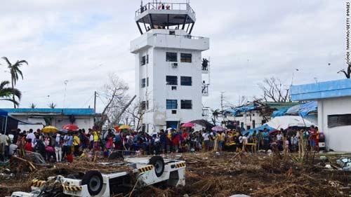 Philippines: Di tản người VN ra khỏi nơi nguy hiểm - 1