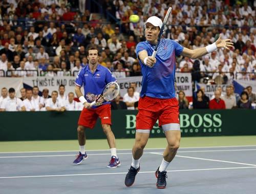 Davis Cup: CH Séc chạm một tay vào chức vô địch - 1