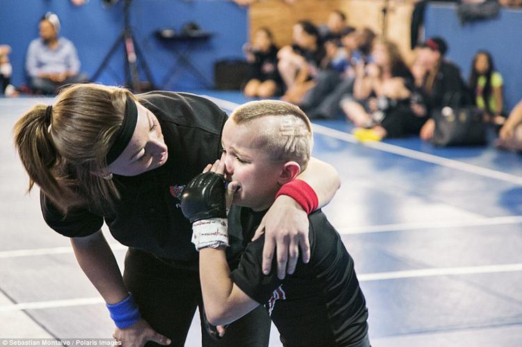 MMA là môn thể thao ngày càng phổ biến trên khắp thế giới và đặc biệt rất phát triển ở Mỹ, nơi có giải UFC - giải võ thuật khốc liệt nhất hành tinh. Chính vì & nbsp;sự phát triển chóng mặt đó, các lò đào tạo mở ra như nấm, nhất là dành cho những tài năng trẻ.