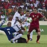 Bóng đá - Guinea – Tây Ban Nha: Kiên cường chống đỡ