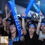 """"""" Cơn bão """"  fan đổ bộ Đêm Rock Tâng Bóng 24h"""