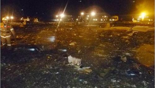 Nga: Máy bay Boeing 737 phát nổ, 50 người chết - 1