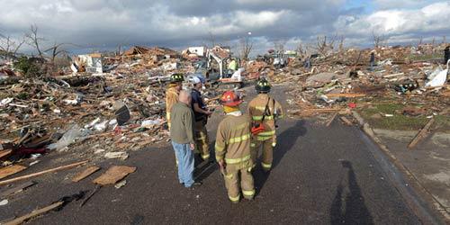 Chùm ảnh: Lốc xoáy tàn phá miền Trung nước Mỹ - 2