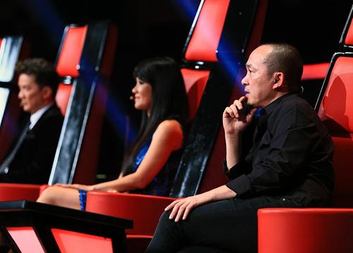 Liveshow 6 Giọng hát Việt: Bất thường! - 2