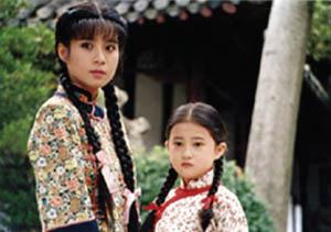 Câu chuyện cảm động về 2 cô bé mồ côi - 3