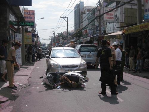 Tai nạn liên hoàn, bé 2 tuổi chấn thương nặng - 2