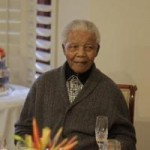 Nam Phi: Nelson Mandela bị cấm khẩu