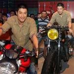 Ô tô - Xe máy - Johnny Trí Nguyễn ngầu bên xế độ