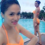 Ca nhạc - MTV - Hương Giang Idol khoe đường cong với bikini