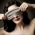 Làm đẹp - 4 cách chăm sóc đẩy lùi quầng thâm mắt