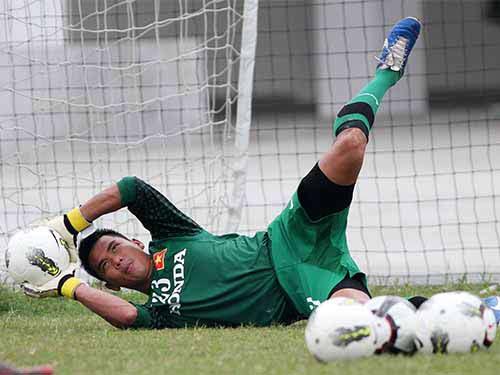 Vòng loại Asian Cup 2015: Chọn thủ môn để… hạn chế bàn thua - 1