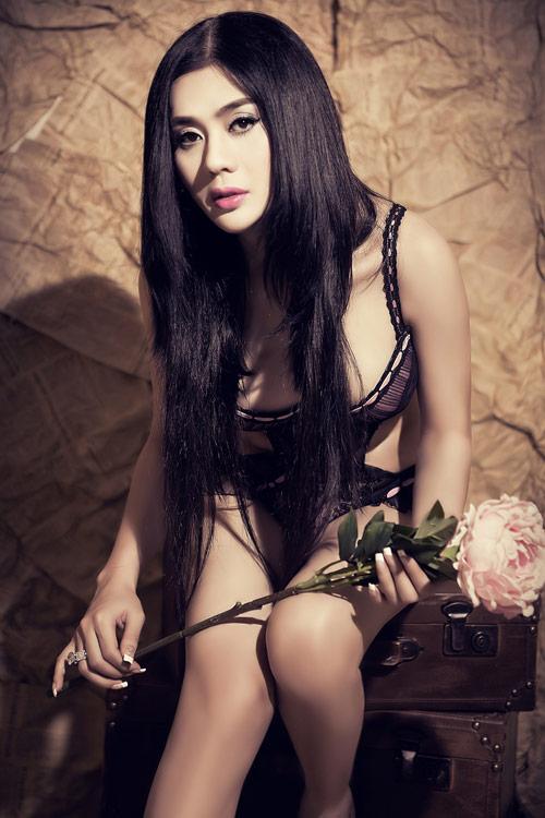 Lâm Chí Khanh khoe nội y, quảng bá show mới - 7