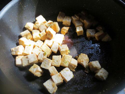 Ngon cơm với đậu phụ chiên húng quế - 2