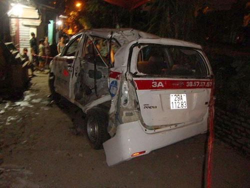 Vụ tàu hỏa tông taxi: Khởi tố tài xế - 1