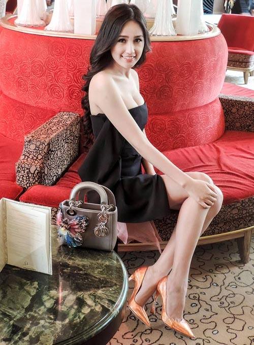 Sao Việt đẹp hút hồn trên thảm đỏ quốc tế - 12