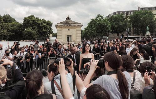 Sao Việt đẹp hút hồn trên thảm đỏ quốc tế - 14