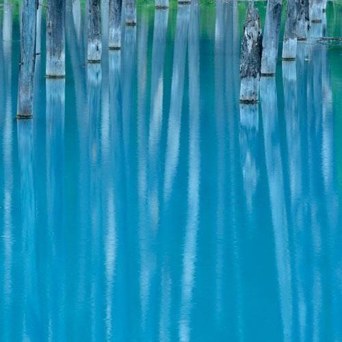 Hồ nước ma thuật đổi màu theo thời tiết - 6