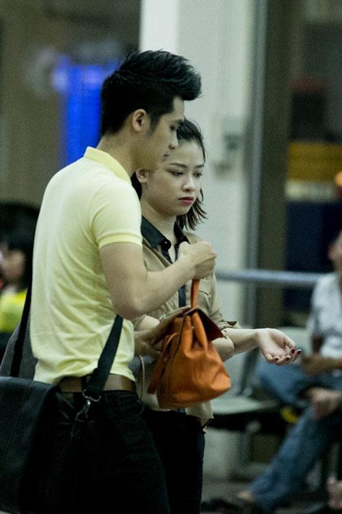 Dương Hoàng Yến lặng lẽ theo bạn trai về Hà Nội - 3