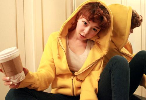 Cô nàng xinh xắn nhờ áo khoác dễ thương - 11