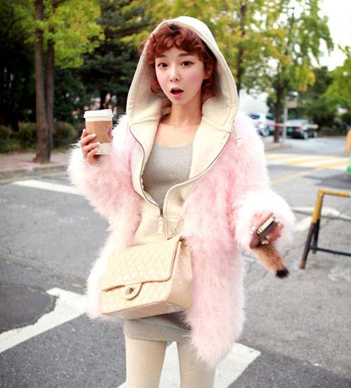 Cô nàng xinh xắn nhờ áo khoác dễ thương - 6