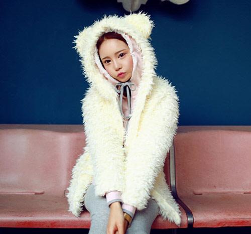 Cô nàng xinh xắn nhờ áo khoác dễ thương - 3