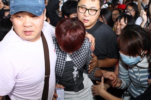 Kikwang (BEAST) vượt vòng vây fan Việt - 7