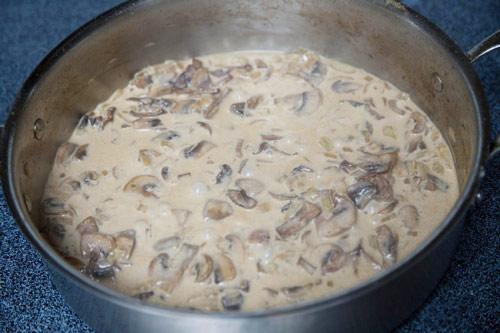 Thịt gà xốt nấm thơm ngon - 10