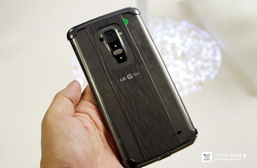 """Điện thoại cong LG G Flex khoe giao diện """"độc"""" - 9"""