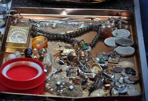 Cận cảnh những món ve chai ngàn đô giữa SG - 8