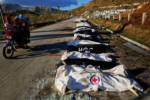 Philippines: Hỗn loạn đếm xác sau siêu bão - 2