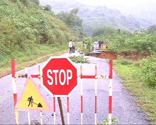 Quảng Ngãi: Đến nơi núi nổ chôn vùi 2 vợ chồng - 4