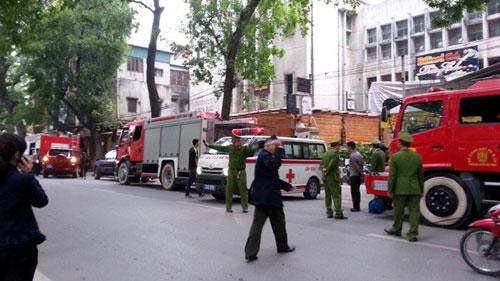 HN: Cháy quán bar khu Zone 9, 6 người chết - 9