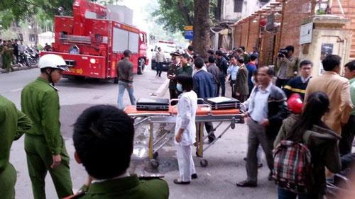 HN: Cháy quán bar khu Zone 9, 6 người chết - 2