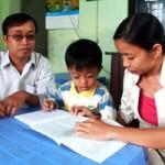 Giáo dục - du học - Tám năm chở chồng đi dạy