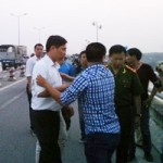 Tin tức trong ngày - BS ném xác: Bảo vệ nhìn rõ nạn nhân khi ném xuống sông