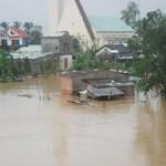 Tin tức trong ngày - 46 người chết, mất tích do mưa lũ ở miền Trung