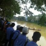 Tin tức trong ngày - Thăm thầy cô ngày 20/11, nữ SV rớt sông tử vong